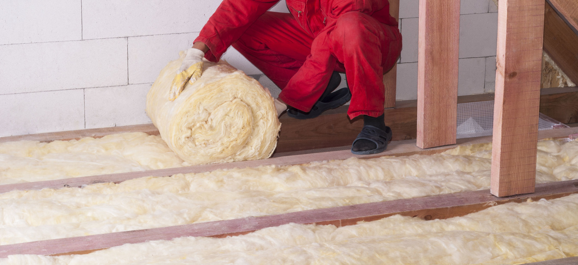 Installing Insulation in Attic
